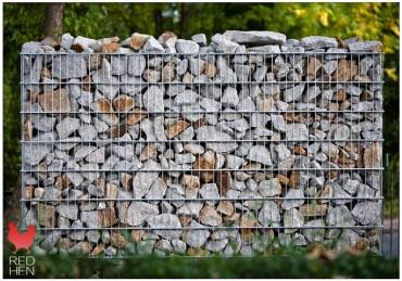 Gabiony ogrodowe? Zamknij naturalny kamień w nowoczesnej formie.